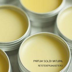Parfum solid handmade din ingrediente naturale