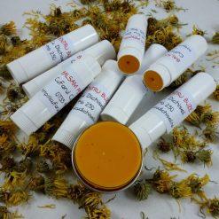 Balsam de buze natural, hidratant, ofera protectie eficienta fata de vant si soare
