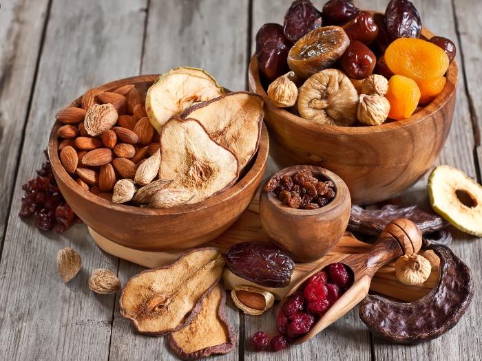 Fructe deshidratate și fructe confiate